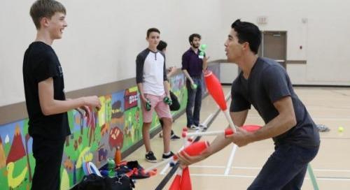 Gabriel Beaudoin Holds Winnipeg Juggling Workshop