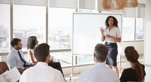 10 Body Language Tips to Nail Your Next Sales Presentation [Infographic]