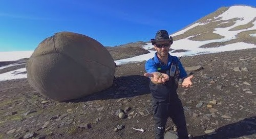 North Pole: Glaciologist Colin Souness talks about Champ Island Stone Geospheres (360° VR)