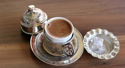 Nonverbal Communication: Arabic Coffee Drinking Habits