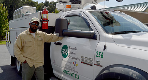 Roanoke Electric Cooperative Leverages In-Vehicle LTE for Anywhere Connectivity