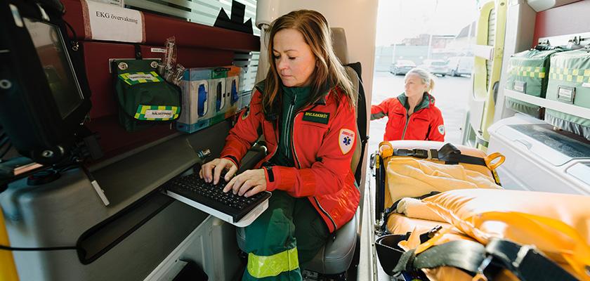 First responder on computer