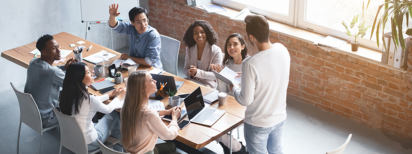 how to manage outsourced team