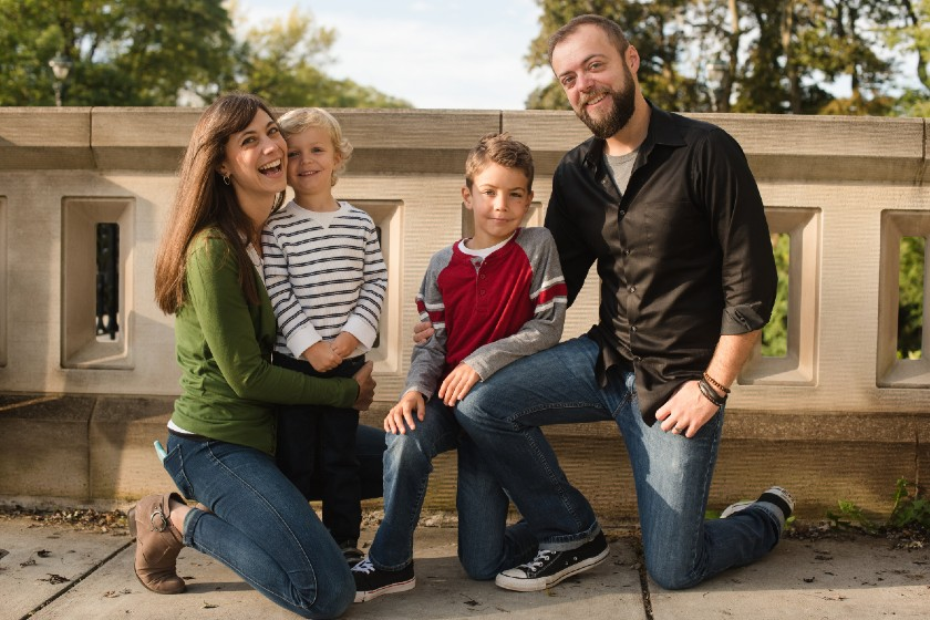 Image of Stacy Becker with her family.