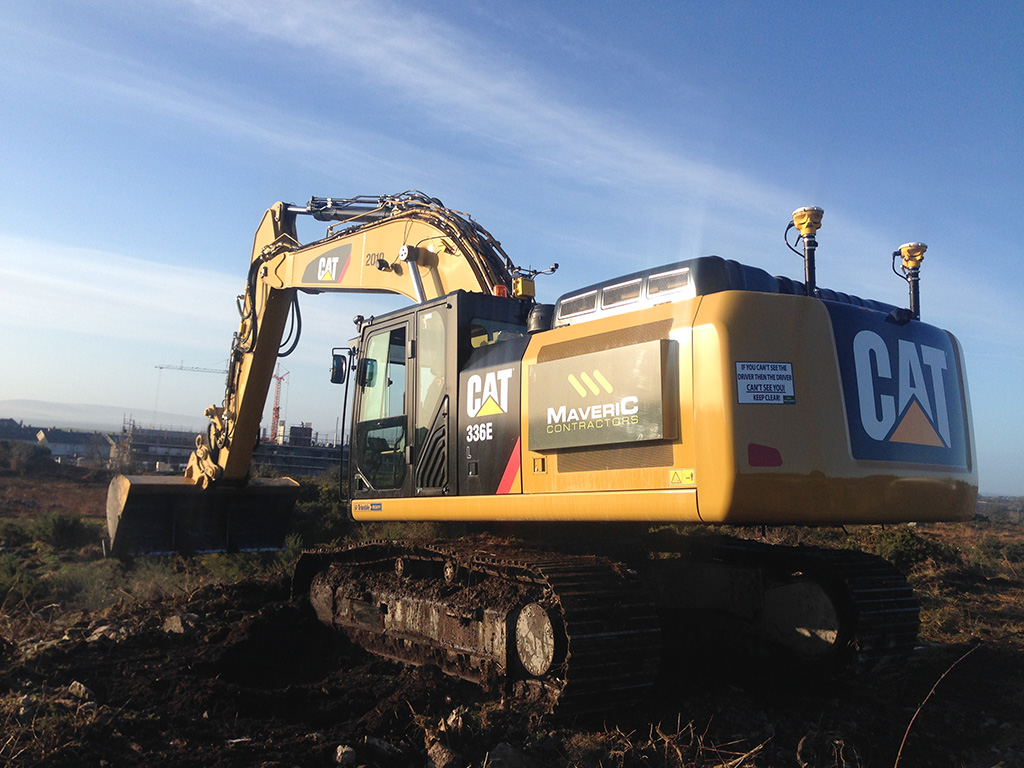 maverick cat excavator with trimble machine control