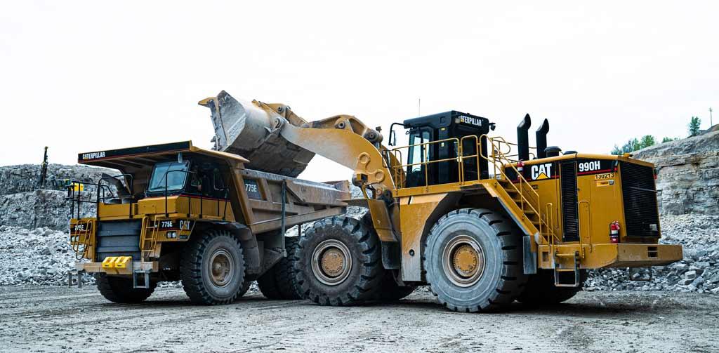 wheel loader loading a truck