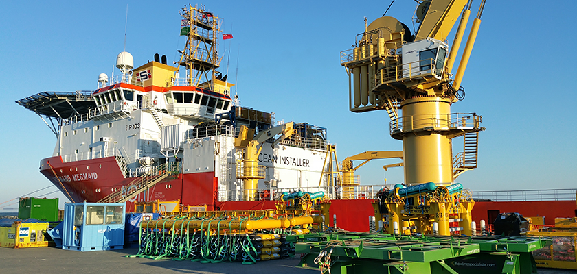 ICCP-1. Large ship with crane