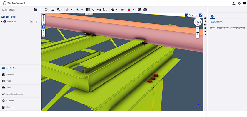 Screenshot of Trimble Connect, a model is displayed showing a steelwork clash