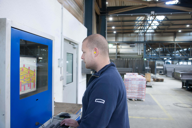 Automatisierte Fertigung bei Unger Steel