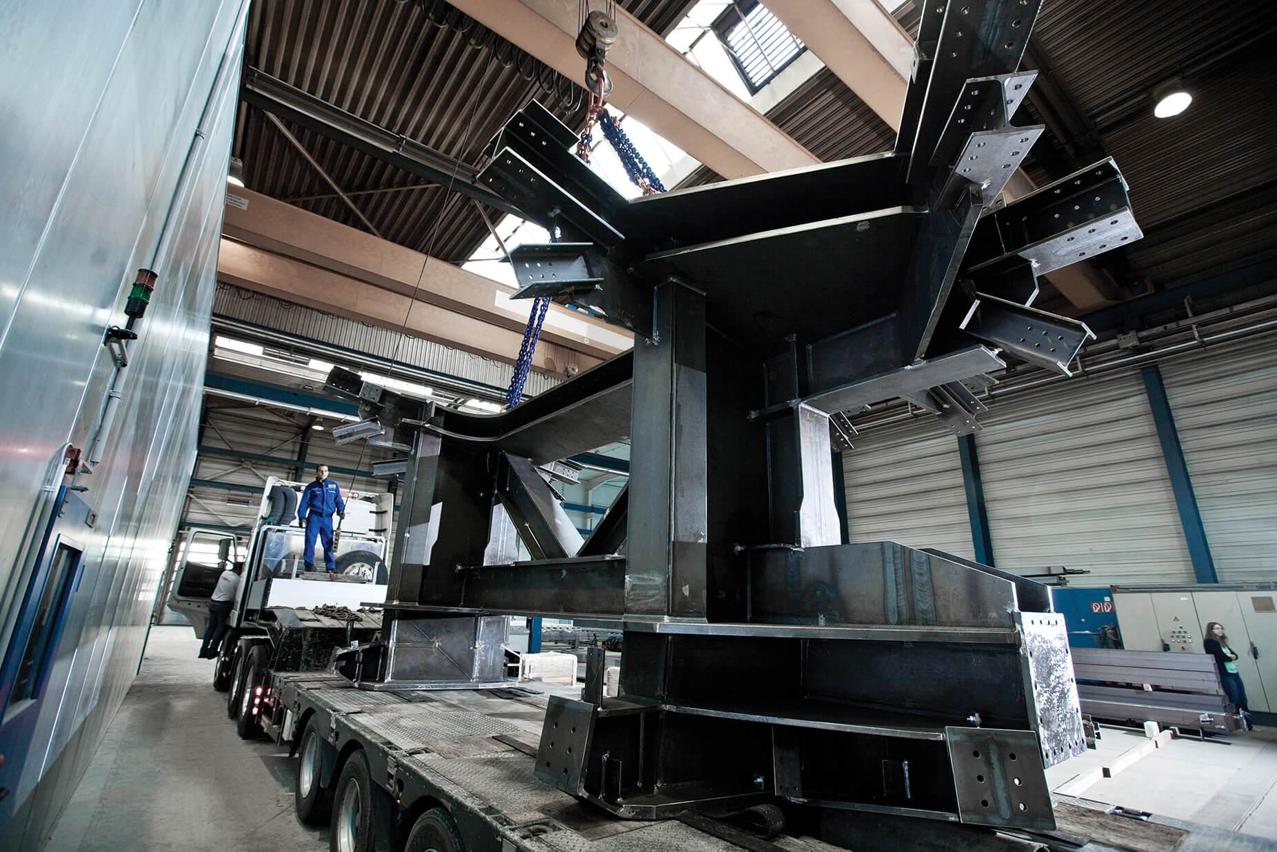 Die ausführungsreifen Stahlstrukturen wurden in Tekla Structures erstellt.