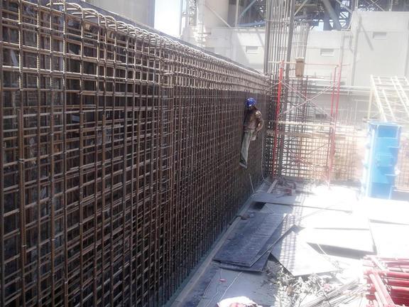 Die Tabuk Cement Company aus Saudi-Arabien beim Stammhaus thyssenkrupp eine Zementmahlanlage.