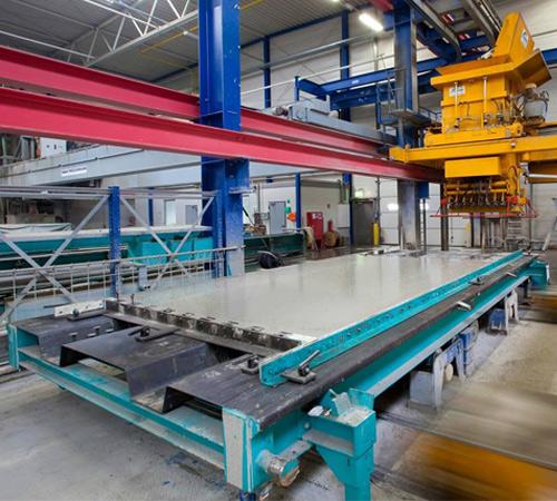 Goldbeck plant, baut und betreibt Gewerbeimmobilien auf Basis von Systemelementen