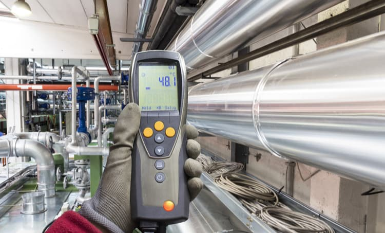 Electronic temperature measurement in industry