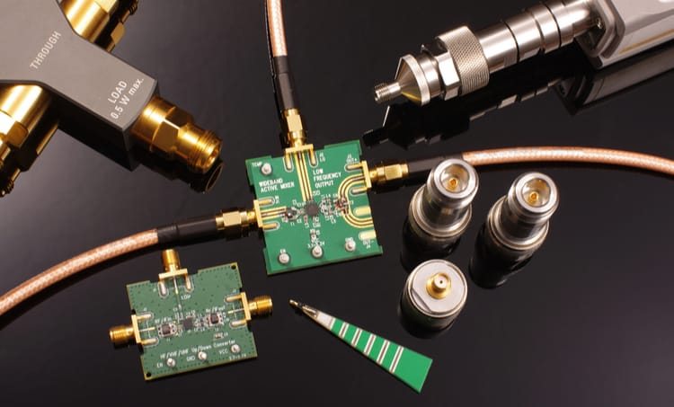 Microwave circuits and components