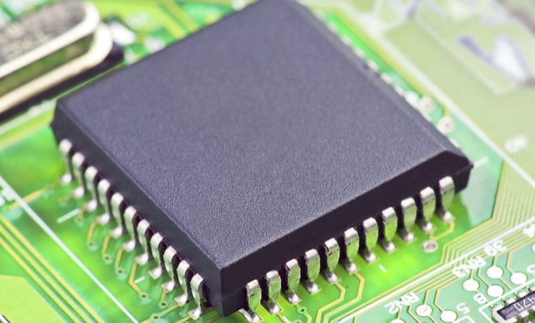 An IC suffering from electromigration