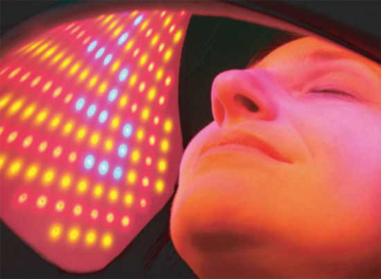 Light therapy spa treatment