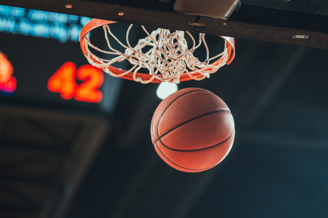 Tapping into the Power of Live Sports: How to reach an engaged March Madness audience through TV, online advertising Post Image