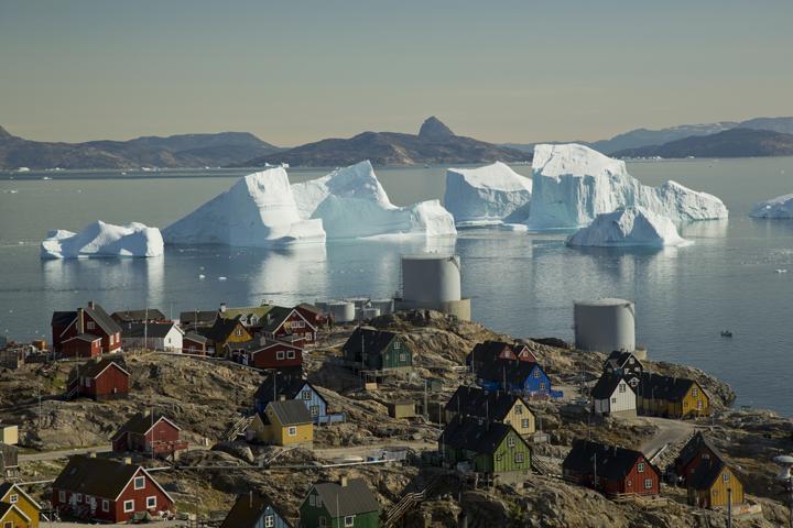 Uummannaq is a town in northwestern Greenland.jpg