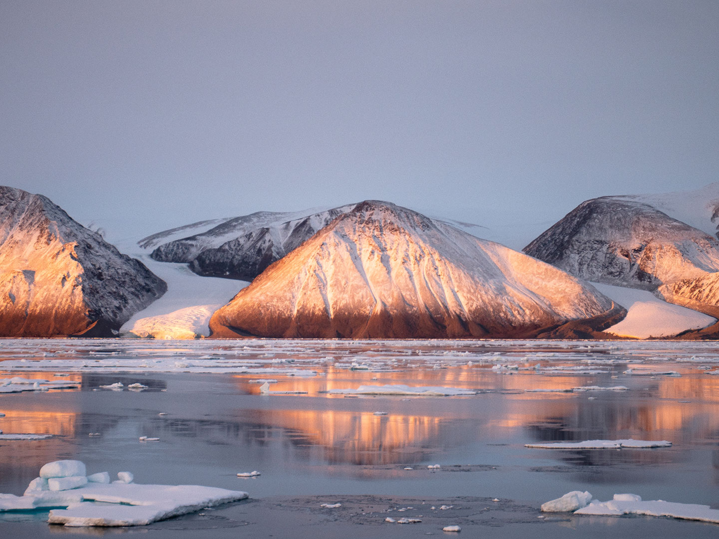 Stunning views of snow- and ice-covered landscapes are highlights of any cruise to Nunavut