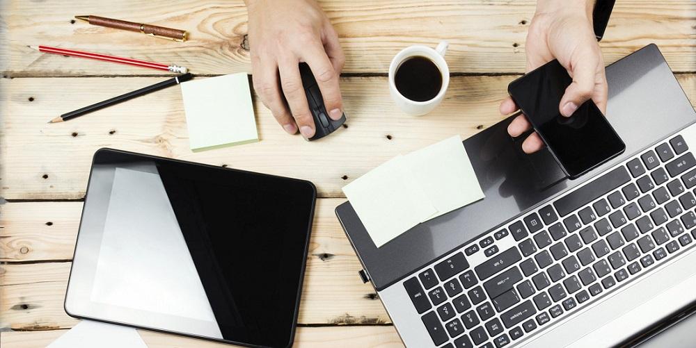 entrepreneur-desk