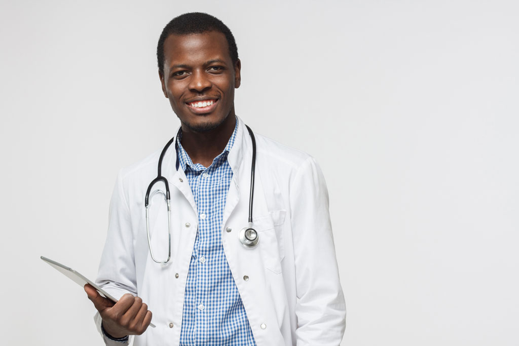 photo of a doctor related to health clinic software