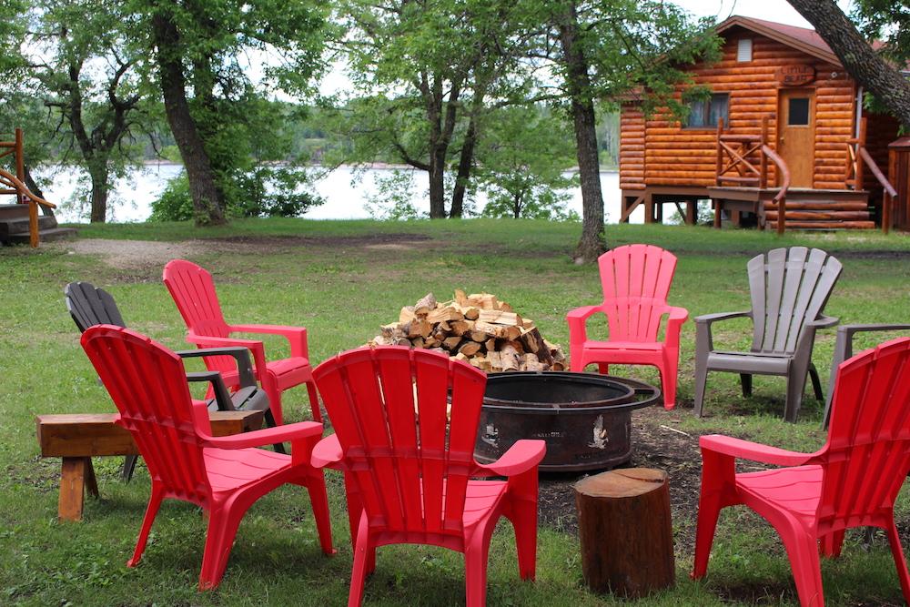 Eagles Nest Lodge Manitoba