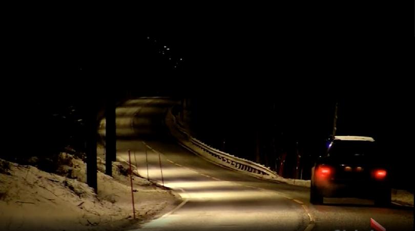 Energy-efficient highway lights