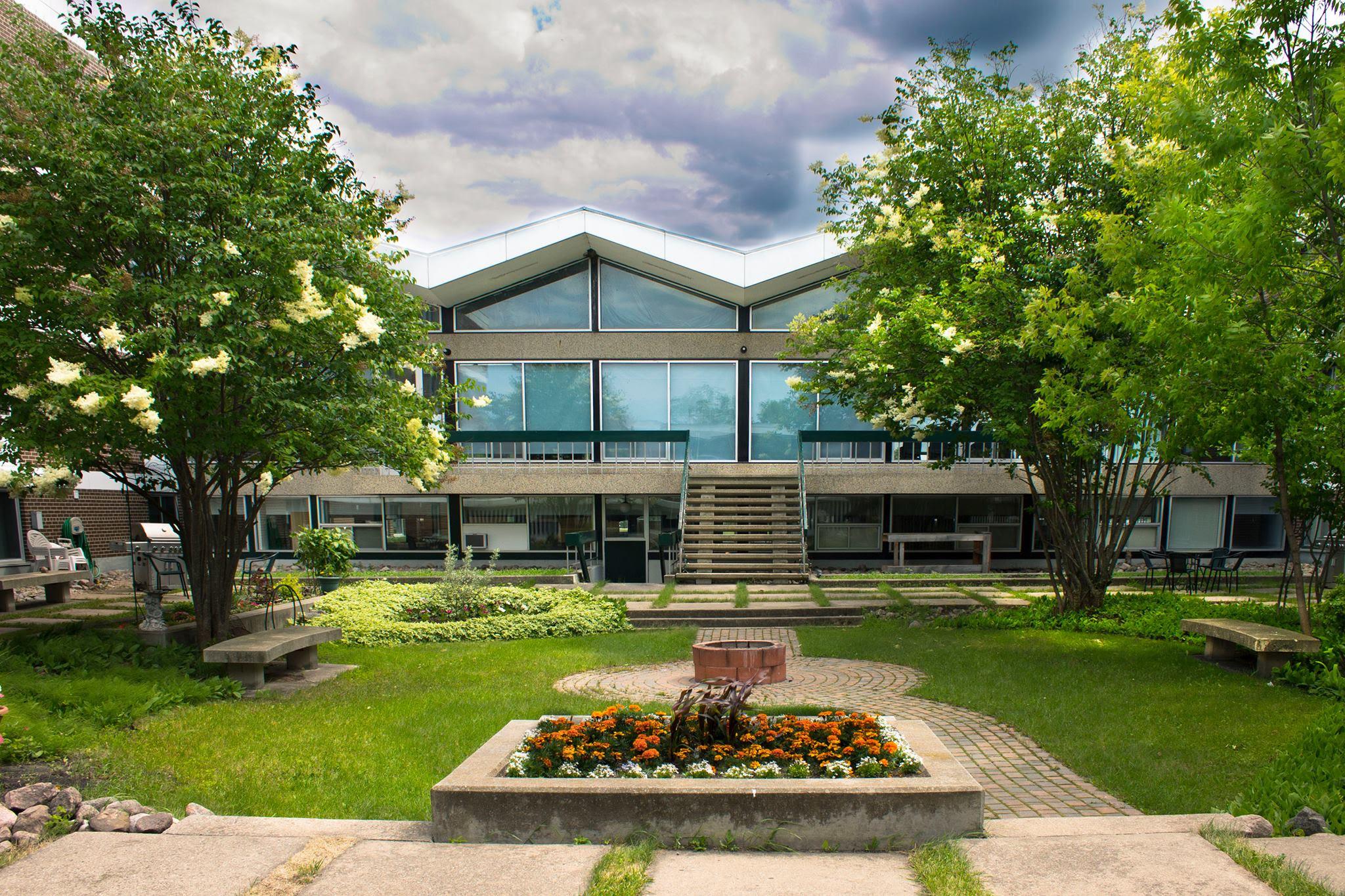 Wilderness Edge Retreat & Conference Centre
