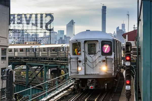 No. 7 subway train in Queens (iStock/John Kirk)