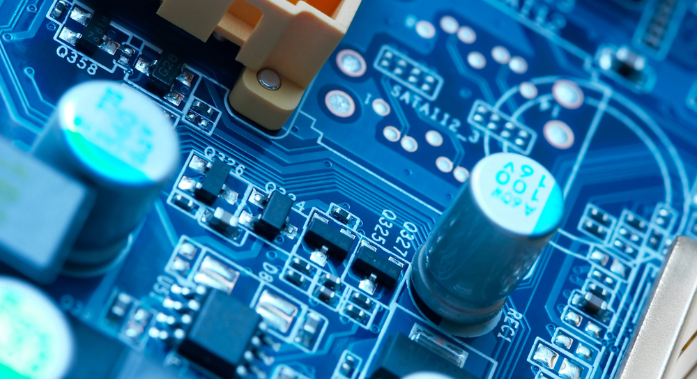 Electrical components on a PCB