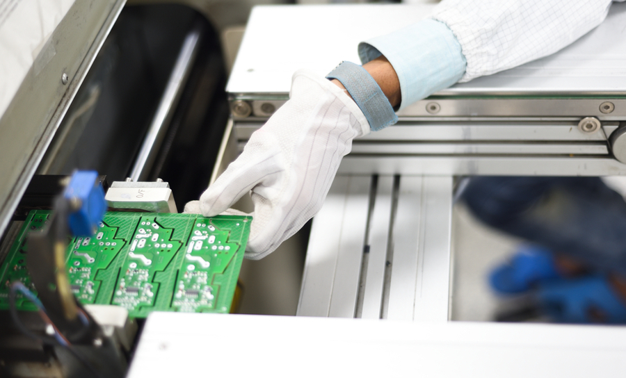 PCB manufacturing on an SMT line