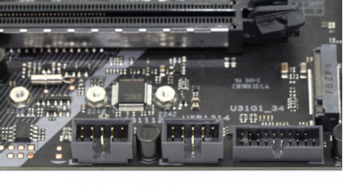 USB connectors on a black PCB)