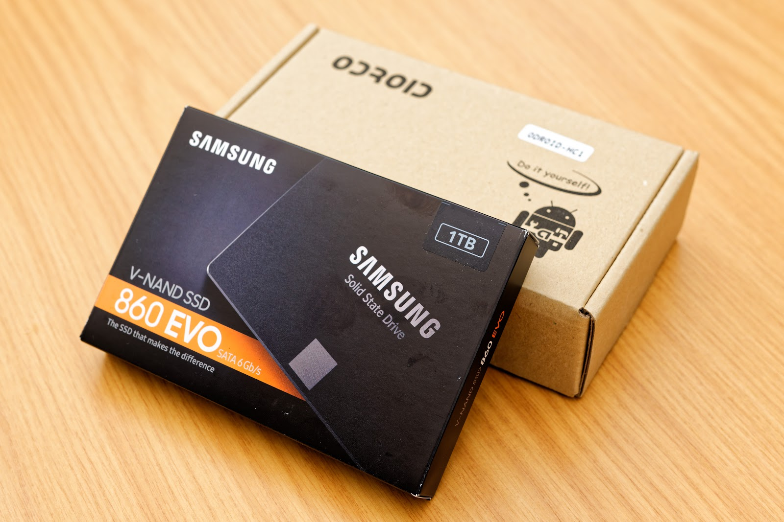Boxed Samsung 860 EVO SSD and ODroid HC1