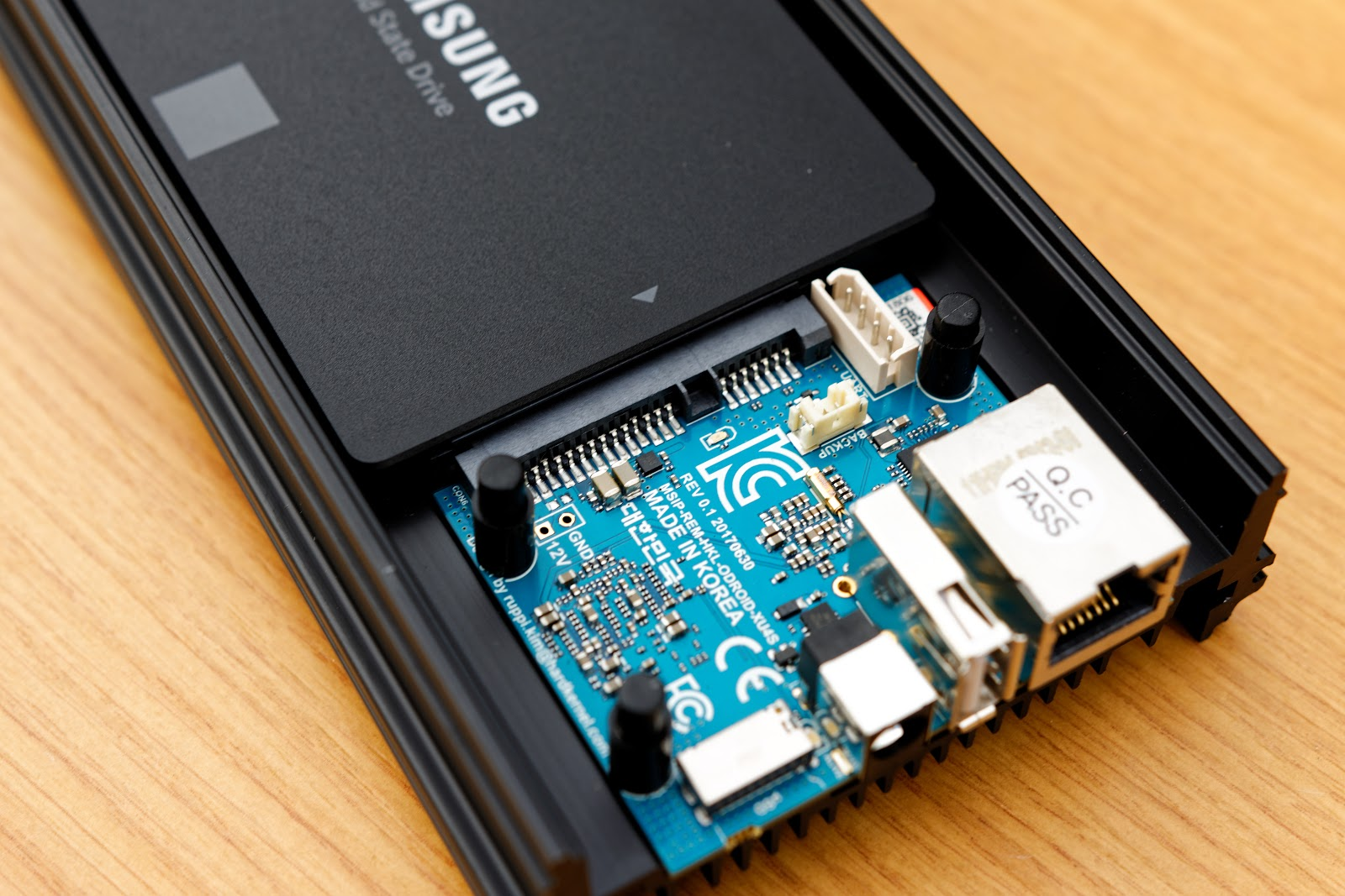 An ODroid HC1 connected to a Samsung EVO SSD