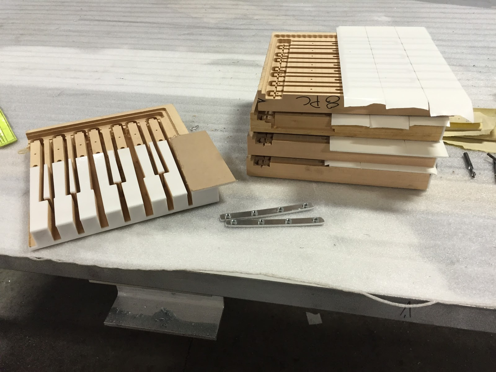 Machining custom piano keys for circular fit