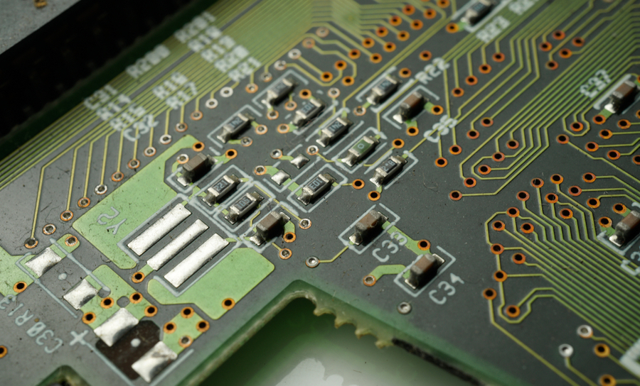 Through-hole vias in mmWave PCBs