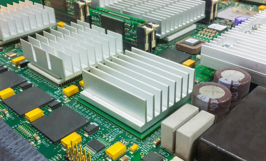 EMI from heatsink in a PCB