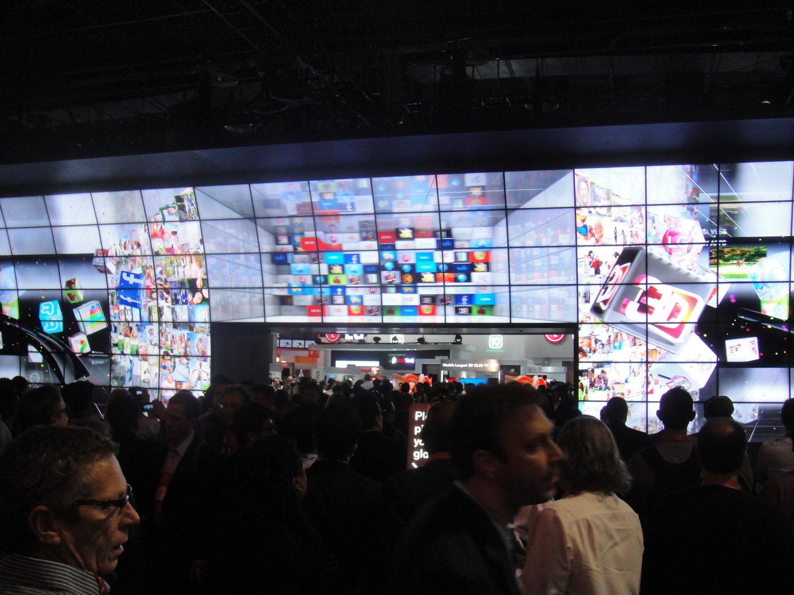 Video Walls at Tradeshows - CES 2012 LG