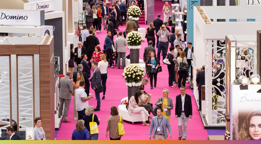 Tech Series: 3 Top Event Tech to Win More Exhibitors