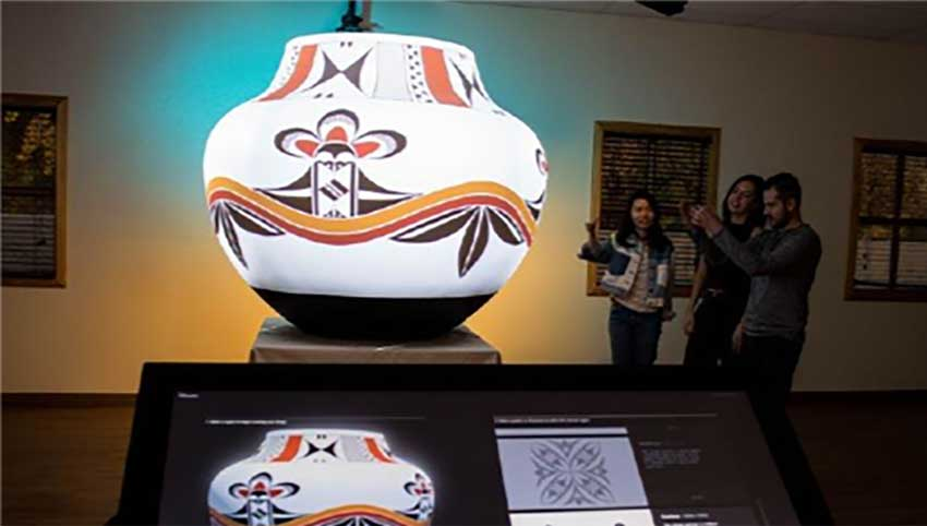 Object Video Mapping at Museum
