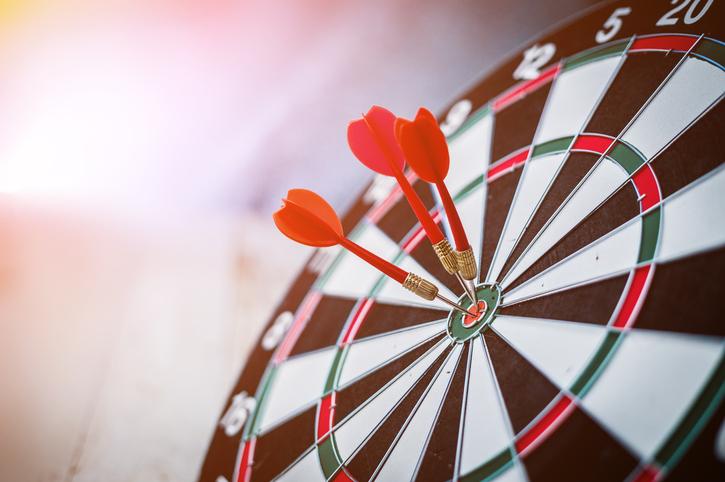bullseye darts target