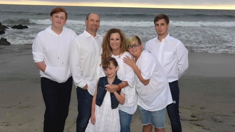 jeff arnold family