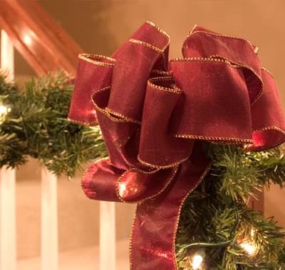 Keeping your holiday decorations simple is the key to having a festive house for sale.