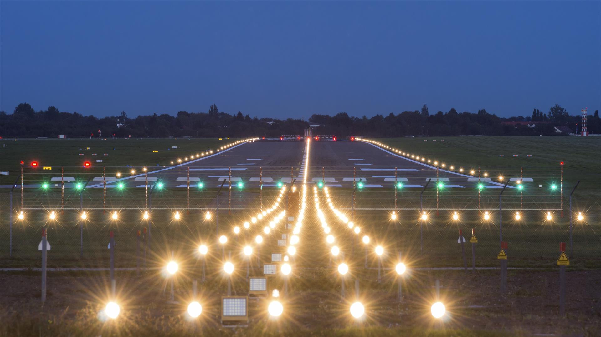 airport runway lights what are they all for stantec
