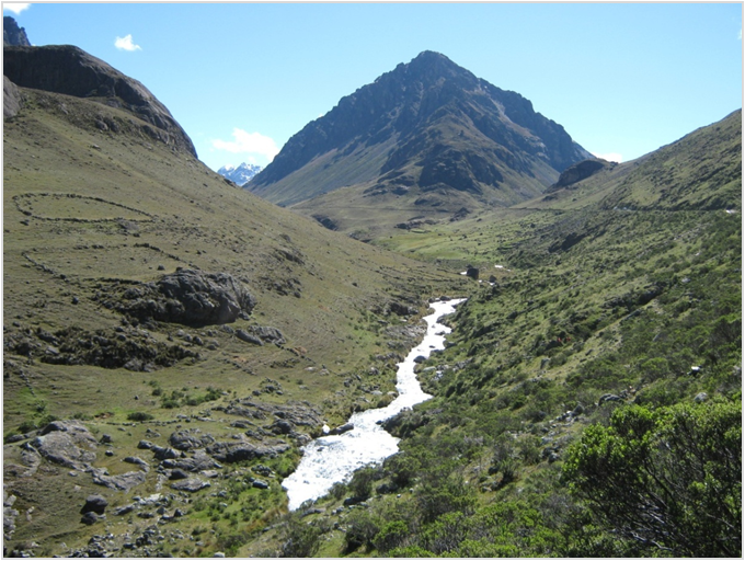 Conveying Water in Steep Heights: Solutions for a Hydropower Project in the Andes Mountains