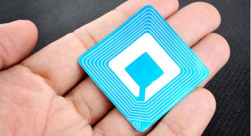Étiquette sans fil pour RFID