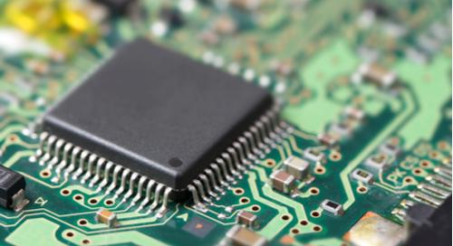 Composant électronique sur un circuit imprimé