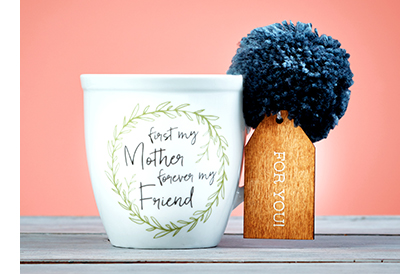 Pretty Pom Mom Mug