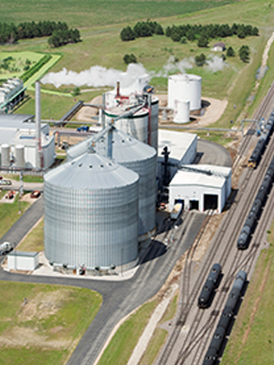 Ethanol biorefinery producing fuel to help support sustainable business practices