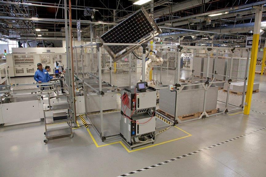 fabbrica di pannelli solari
